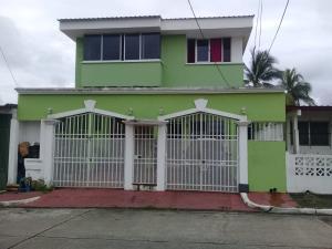 Casa En Ventaen Panama, Rio Abajo, Panama, PA RAH: 18-7696