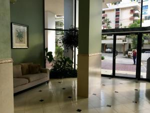 Apartamento En Alquileren Panama, Paitilla, Panama, PA RAH: 18-7750