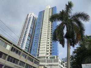 Apartamento En Alquileren Panama, San Francisco, Panama, PA RAH: 18-7776