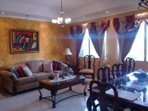 Casa En Ventaen San Miguelito, San Antonio, Panama, PA RAH: 18-7860