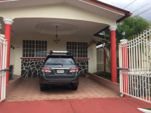 Casa En Alquileren Panama, Brisas Del Golf, Panama, PA RAH: 18-7931