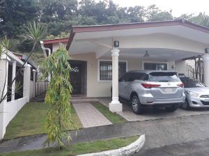 Casa En Alquileren Panama, Brisas Del Golf, Panama, PA RAH: 18-8031
