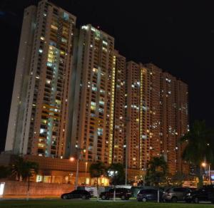 Apartamento En Alquileren Panama, San Francisco, Panama, PA RAH: 18-8038