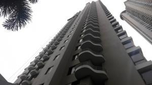Apartamento En Alquileren Panama, San Francisco, Panama, PA RAH: 18-8082