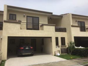 Casa En Ventaen Panama, Clayton, Panama, PA RAH: 18-8289