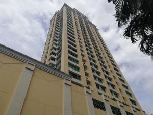 Apartamento En Alquileren Panama, Obarrio, Panama, PA RAH: 18-8354