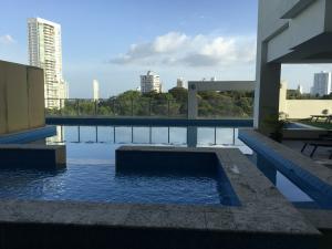 Apartamento En Alquileren Panama, Carrasquilla, Panama, PA RAH: 18-8357