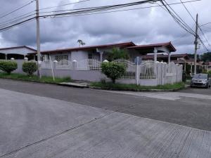 Casa En Alquileren Panama, Brisas Del Golf, Panama, PA RAH: 18-8419