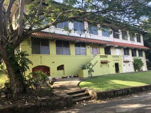 Apartamento En Alquileren Panama, Ancon, Panama, PA RAH: 18-8673