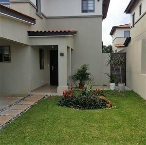 Casa En Alquileren Panama, Panama Pacifico, Panama, PA RAH: 18-8731