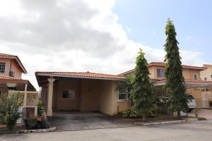 Casa En Alquileren Panama, Brisas Del Golf, Panama, PA RAH: 18-8785