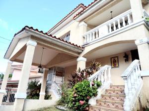 Casa En Ventaen Panama, Altos De Panama, Panama, PA RAH: 19-80