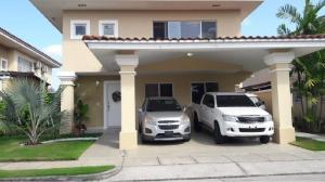 Casa En Ventaen Panama, Brisas Del Golf, Panama, PA RAH: 19-83