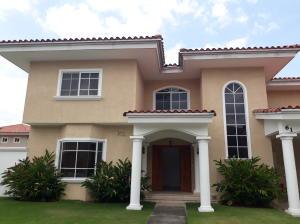 Casa En Alquileren Panama, Costa Del Este, Panama, PA RAH: 19-250