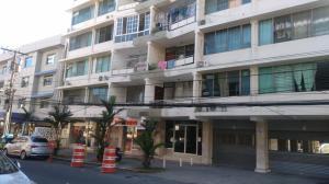 Apartamento En Alquileren Panama, El Cangrejo, Panama, PA RAH: 19-268