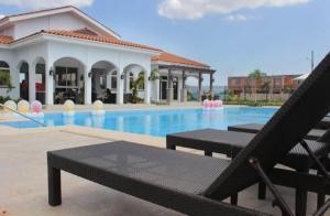 Casa En Alquileren Panama, Versalles, Panama, PA RAH: 19-286