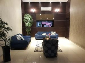 Apartamento En Alquileren Panama, Carrasquilla, Panama, PA RAH: 19-336