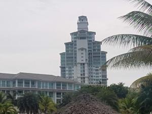 Apartamento En Ventaen Rio Hato, Playa Blanca, Panama, PA RAH: 19-372
