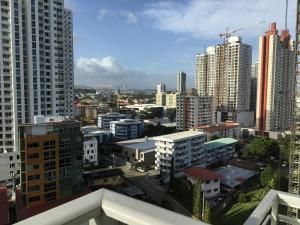 Apartamento En Alquileren Panama, San Francisco, Panama, PA RAH: 19-356
