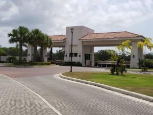 Apartamento En Alquileren Panama, Costa Sur, Panama, PA RAH: 19-415