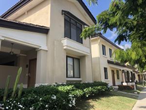 Casa En Alquileren Panama, Panama Pacifico, Panama, PA RAH: 19-432
