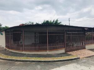 Casa En Alquileren Panama, Las Cumbres, Panama, PA RAH: 19-439
