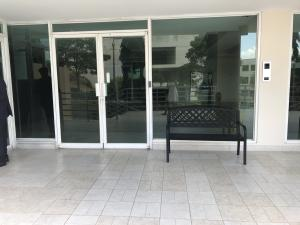 Apartamento En Ventaen Panama, Edison Park, Panama, PA RAH: 19-451