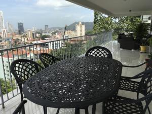 Apartamento En Alquileren Panama, La Cresta, Panama, PA RAH: 19-457