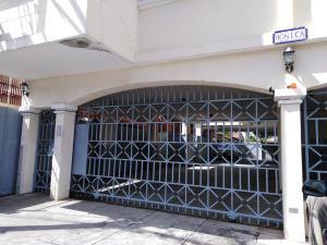 Apartamento En Alquileren Panama, San Francisco, Panama, PA RAH: 19-461