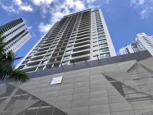 Apartamento En Alquileren Panama, Costa Del Este, Panama, PA RAH: 19-519