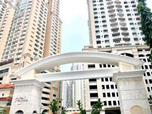 Apartamento En Alquileren Panama, Punta Pacifica, Panama, PA RAH: 19-555