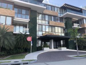 Apartamento En Alquileren Panama, Punta Pacifica, Panama, PA RAH: 19-598