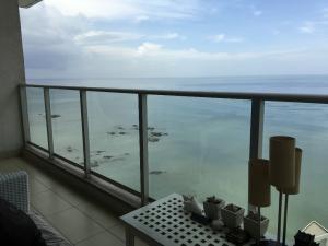 Apartamento En Alquileren Panama, Punta Pacifica, Panama, PA RAH: 19-600