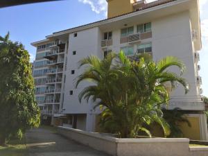 Apartamento En Alquileren Panama, Albrook, Panama, PA RAH: 19-631
