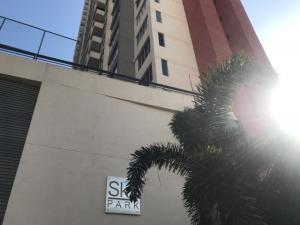 Apartamento En Alquileren Panama, Carrasquilla, Panama, PA RAH: 19-753