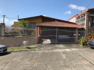 Casa En Ventaen Panama, Juan Diaz, Panama, PA RAH: 19-789