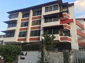Apartamento En Ventaen Panama, El Carmen, Panama, PA RAH: 19-806