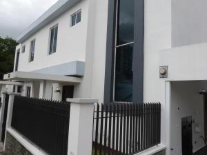 Casa En Alquileren Panama, La Alameda, Panama, PA RAH: 19-864