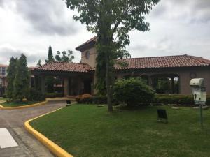 Casa En Alquileren Panama, Versalles, Panama, PA RAH: 19-1055