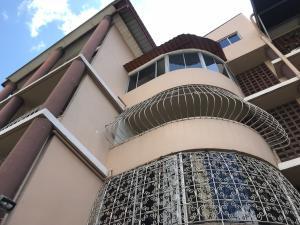 Apartamento En Alquileren Panama, 12 De Octubre, Panama, PA RAH: 19-1078