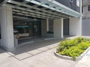 Apartamento En Alquileren Panama, El Cangrejo, Panama, PA RAH: 19-1243