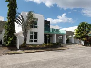 Casa En Alquileren Panama, Costa Sur, Panama, PA RAH: 19-1405