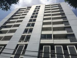 Apartamento En Alquileren Panama, Carrasquilla, Panama, PA RAH: 19-1486