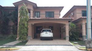 Casa En Ventaen Panama, Versalles, Panama, PA RAH: 18-8571