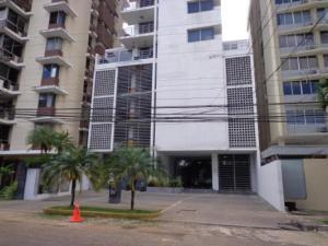 Apartamento En Ventaen Panama, El Carmen, Panama, PA RAH: 19-459