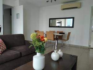 Apartamento En Alquileren Panama, Costa Del Este, Panama, PA RAH: 19-1620