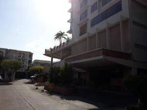 Apartamento En Ventaen Panama, Paitilla, Panama, PA RAH: 19-1669