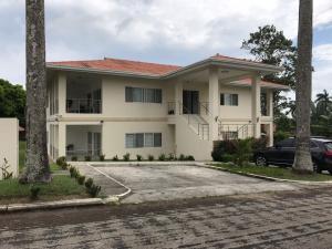 Apartamento En Alquileren Panama, Howard, Panama, PA RAH: 19-1675