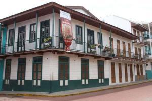 Local Comercial En Alquileren Panama, Casco Antiguo, Panama, PA RAH: 19-1716