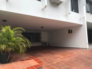 Casa En Alquileren Panama, Obarrio, Panama, PA RAH: 19-1816